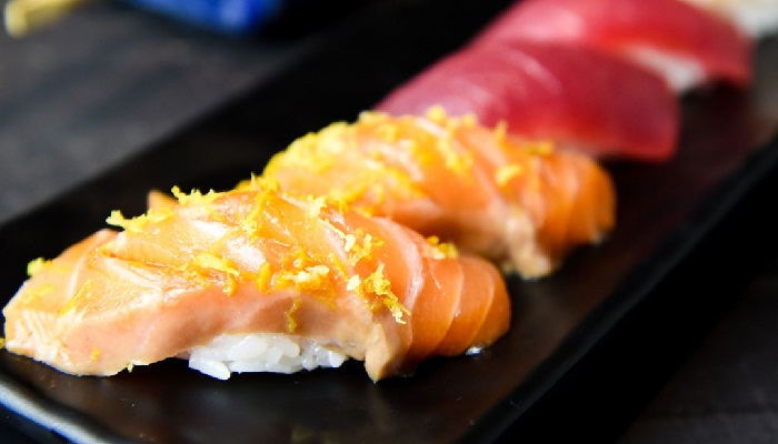 Mitt Sushi Bar com reservas para Dia dos Namorados