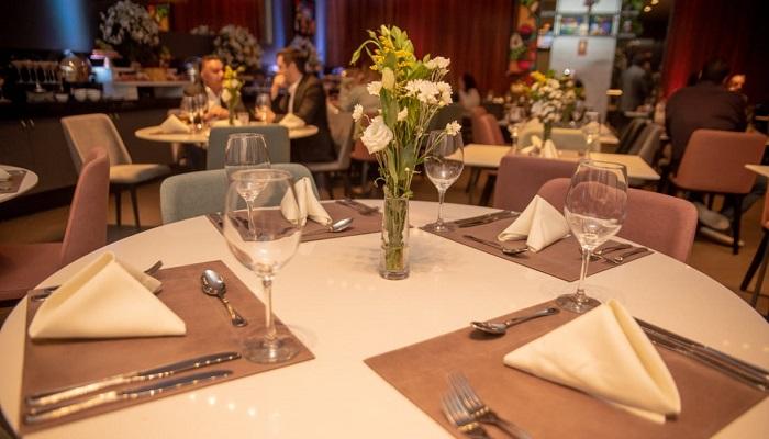The Ville Restaurant oferece noite romântica para o Dia dos Namorados