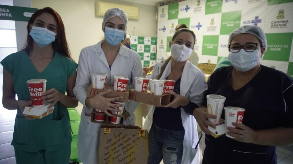 McDonalds doa refeições para profissionais do Hospital Dom Pedro I (4) (1)